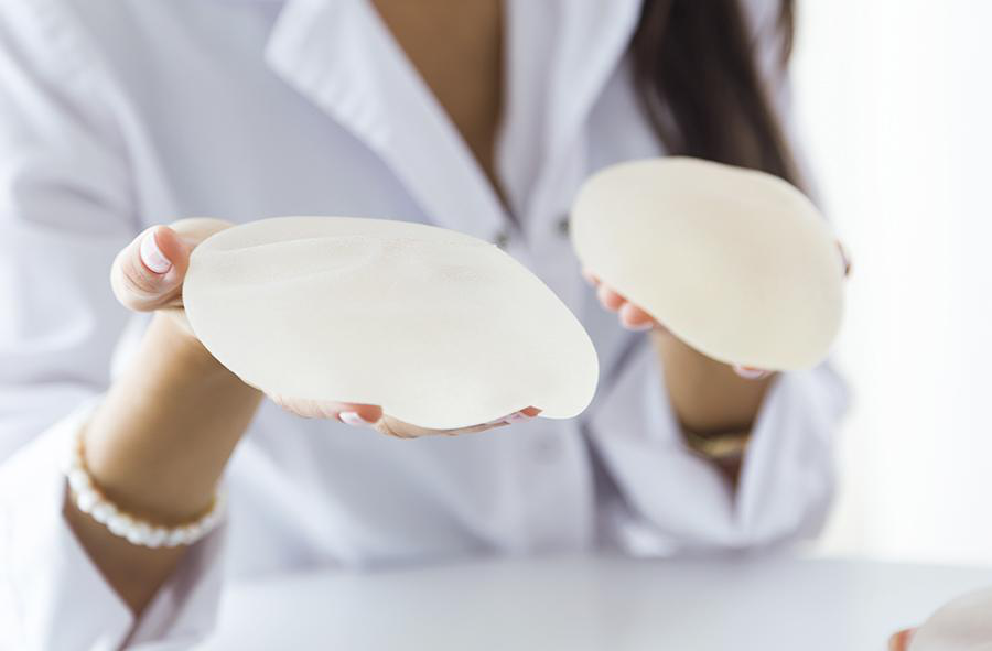 Tipuri de implanturi pentru mărirea sânilor: Tu ce ai alege?