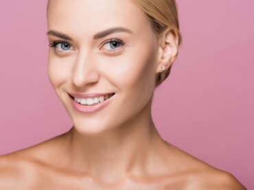Dermabraziune: la ce se referă această tehnică dermato-cosmetică?